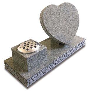 Colwick Heart Memorial